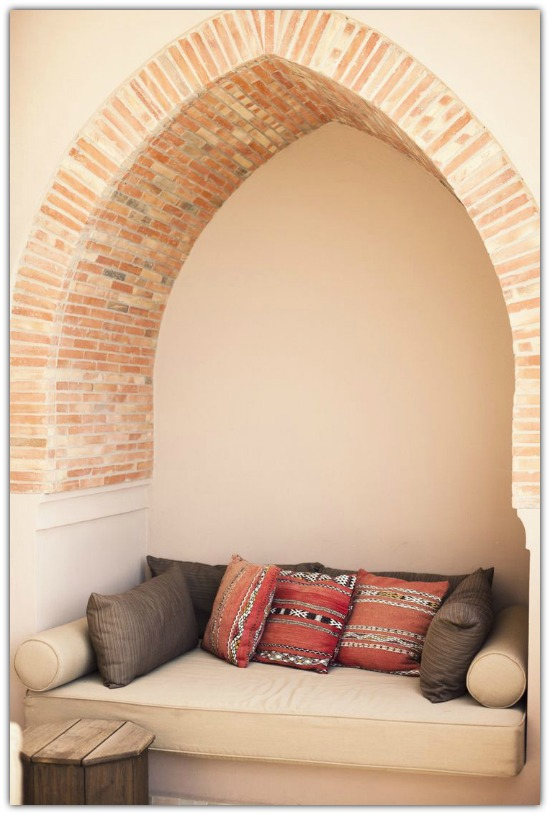 Islamic style nook5