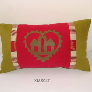 Camel Love Decorative Pillow